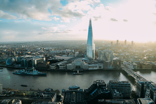 Government Building「London the Shard modern office building financial district skyscrapers aerial view」:スマホ壁紙(11)