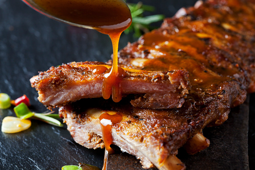 Savory Sauce「Barbecue sauce dripping on marinated and grilled spare ribs」:スマホ壁紙(3)