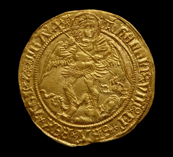 Circa 15th Century「Complete Tudor Gold Hoard (The Asthall Hoard)」:写真・画像(7)[壁紙.com]