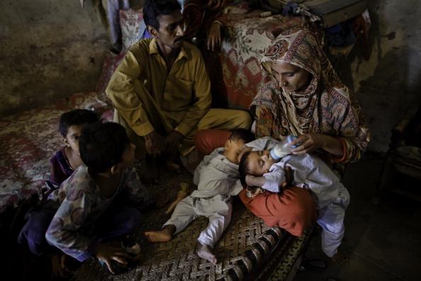 Protection「Pakistan One Year On From Devastating Floods」:写真・画像(7)[壁紙.com]