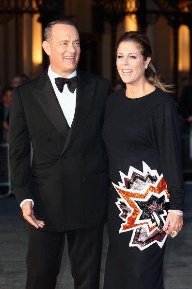 "Hands In Pockets「""Captain Phillips"" - Opening Film - Red Carpet Arrivals: 57th BFI London Film Festival」:写真・画像(8)[壁紙.com]"