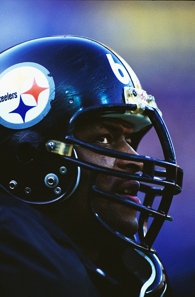 Defensive Lineman - American Football Player「Minnesota Vikings vs Pittsburgh Steelers」:写真・画像(18)[壁紙.com]