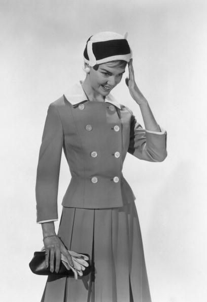 Skirt「Smart Suit」:写真・画像(0)[壁紙.com]