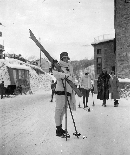 Ski Slope「Skiing At St Moritz」:写真・画像(9)[壁紙.com]