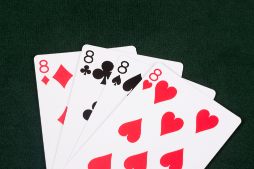 Number 8「Winning Hand of Crazy Eights, Social Card Game, Entertainment, Family」:スマホ壁紙(5)