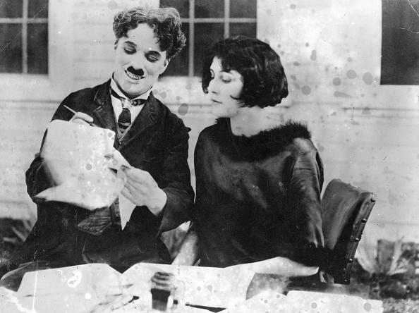 Writing「Mrs Chaplin」:写真・画像(18)[壁紙.com]