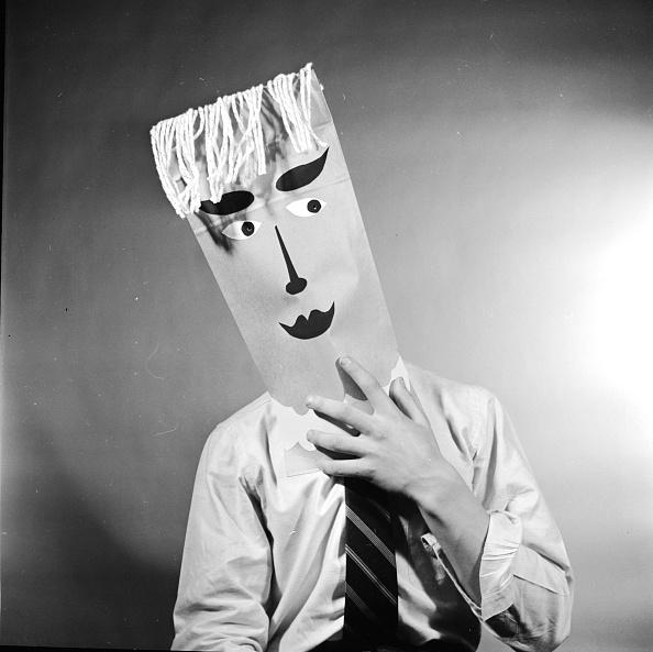 Shy「Paper Face」:写真・画像(1)[壁紙.com]