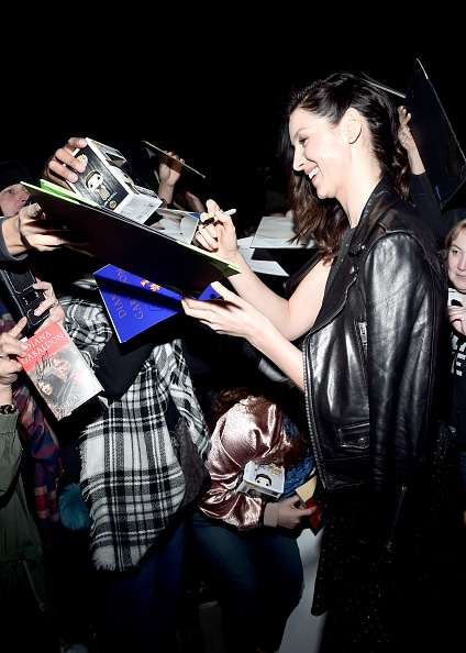 Caitriona Balfe「Oscar Wilde Awards 2017」:写真・画像(14)[壁紙.com]