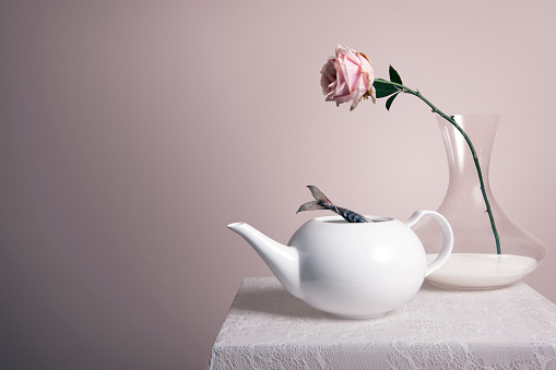 Teapot「A teapot on a table with a vase of milk and a rose」:スマホ壁紙(5)