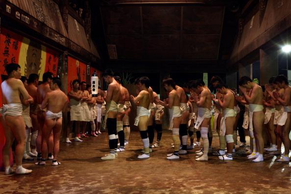 Japan「Saidaiji Temple Naked Festival Takes Place」:写真・画像(9)[壁紙.com]