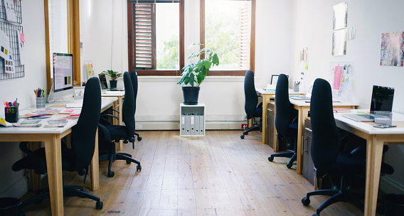 Small Office「Built for a boosted workflow」:スマホ壁紙(12)