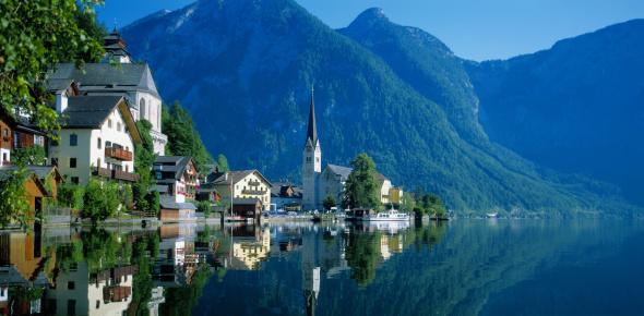 Salzkammergut「Hallstein Lake, Dachstein mountains in background, Hallstatt, Salzkammergut, Austria」:スマホ壁紙(2)
