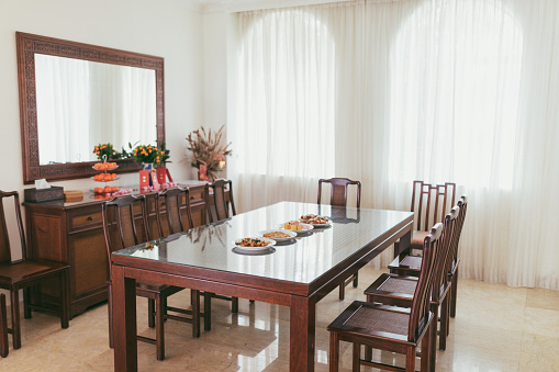 Family Reunion「Dining area with food prepared during chinese new year」:スマホ壁紙(14)