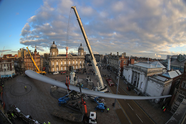 Kingston upon Hull「The Blade Installed in Hull For City of Culture」:写真・画像(13)[壁紙.com]