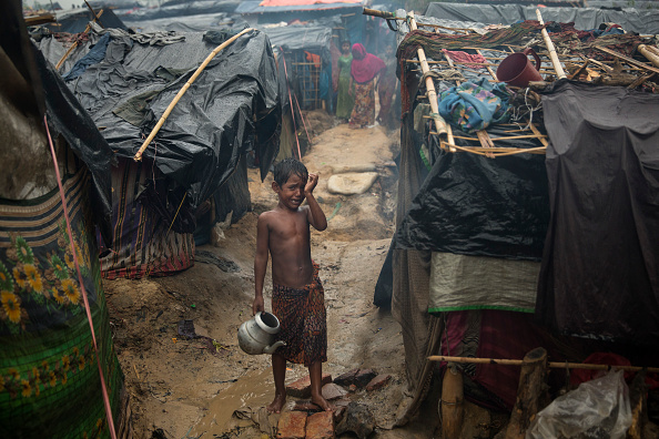 Displaced Persons Camp「Rohingya Refugees Flood Into Bangladesh」:写真・画像(18)[壁紙.com]