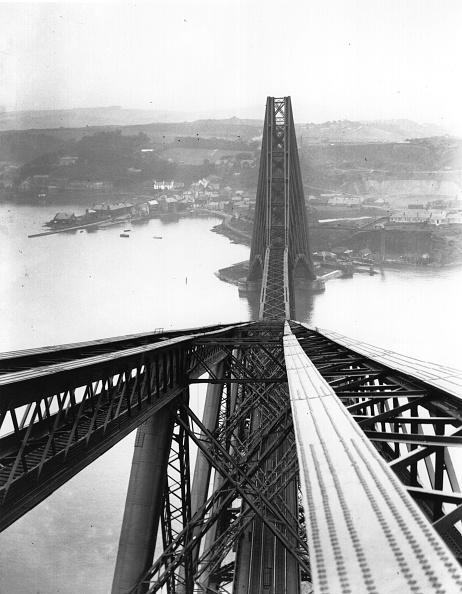 Unusual Angle「The Forth Bridge」:写真・画像(9)[壁紙.com]