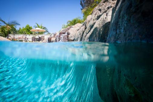 Surface Level「Swimming Pool」:スマホ壁紙(4)