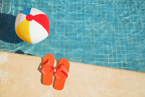 Sandal「Swimming Pool Summer Vacation Fun with Floating Beach Ball, Sandals」:スマホ壁紙(8)
