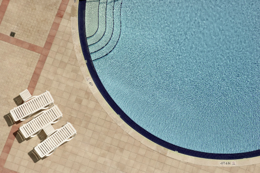 Deck Chair「Swimming pool and lounge chairs」:スマホ壁紙(12)