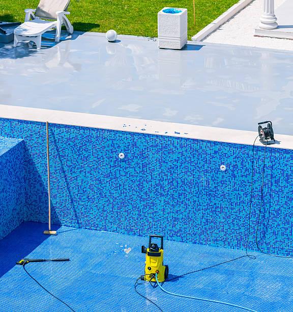 Swimming pool cleaning and repairs:スマホ壁紙(壁紙.com)