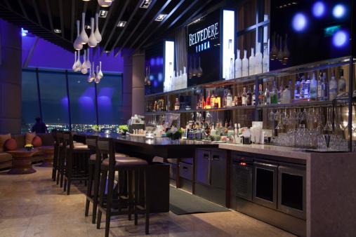 Southeast Asia「Three Sixty Bar of Millennium Hilton Hotel.」:スマホ壁紙(10)
