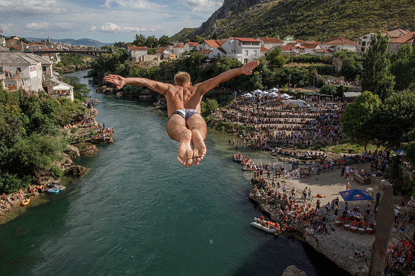 Bestpix「Ethnically Divided Mostar To Hold Local Election After Deal In Bosnian Parliament」:写真・画像(0)[壁紙.com]