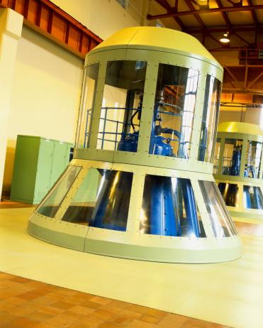Factory「Generator in a Hydroelectric Power Station」:スマホ壁紙(16)