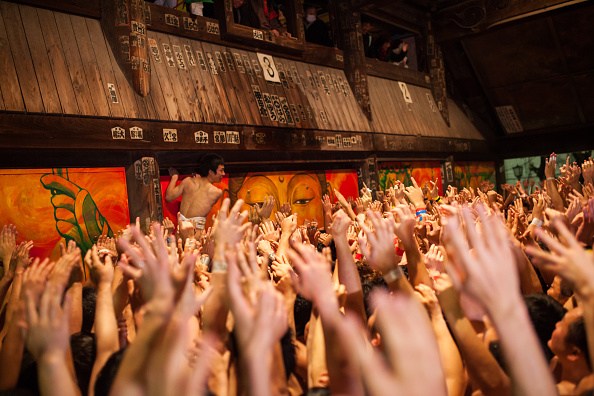 Japan「Naked Festival Takes Place At Saidaiji Temple」:写真・画像(9)[壁紙.com]
