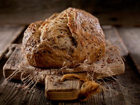 Loaf of Bread「9 Grain Artisan Bread Loaf」:スマホ壁紙(18)