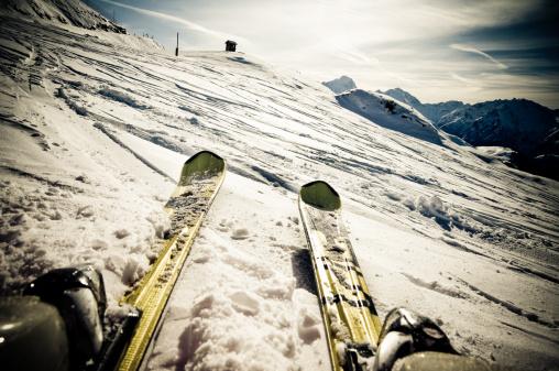 スキー「スキースロープに」:スマホ壁紙(3)
