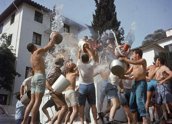 UCLA「Fraternity Waterfight 」:写真・画像(16)[壁紙.com]