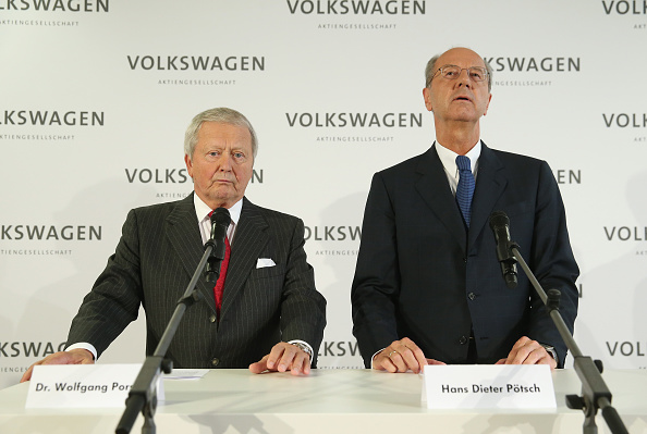 Wooden Post「Volkswagen Elects New Supervisory Board Chairman」:写真・画像(17)[壁紙.com]