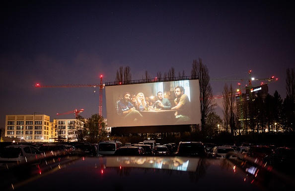 Film Industry「Drive-In Cinemas Have Booming Business During The Coronavirus Crisis」:写真・画像(4)[壁紙.com]
