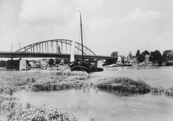 Netherlands「Bridge At Arnhem」:写真・画像(19)[壁紙.com]