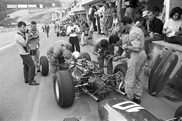 Mechanic「Lorenzo Bandini, Grand Prix Of Belgium」:写真・画像(5)[壁紙.com]