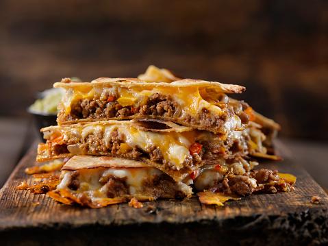 Quesadilla「Cheesy Beef Taco Quesadilla」:スマホ壁紙(10)