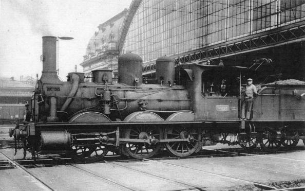 Nouvelle-Aquitaine「steam engines, built in 1867 - 1869, in the station of Bordeaux, postcard」:写真・画像(11)[壁紙.com]