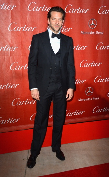 カメラ目線「The 24th Annual Palm Springs International Film Festival Awards Gala - Arrivals」:写真・画像(4)[壁紙.com]