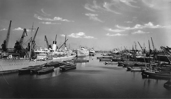 Passenger Craft「South West India Docks Of London」:写真・画像(7)[壁紙.com]