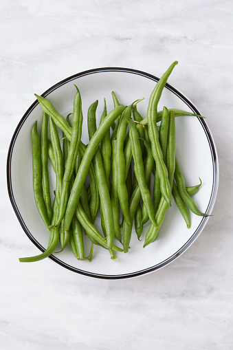 Green Bean「Overhead view of green beans in bowl」:スマホ壁紙(17)