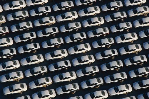 Car Dealership「Overhead view of car lot」:スマホ壁紙(17)