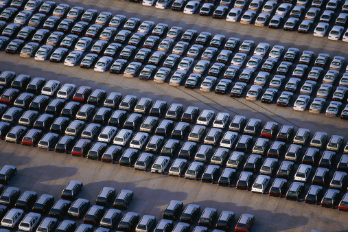 Car Dealership「Overhead view of car lot」:スマホ壁紙(1)