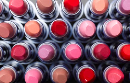 ピンク「Overhead view of lipsticks」:スマホ壁紙(6)
