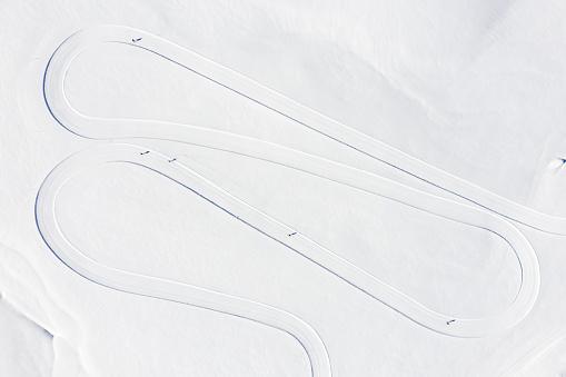 Hairpin Curve「Overhead view of a Skating track in the mountains, Sportgastein, Gastein, Salzburg, Austria」:スマホ壁紙(6)