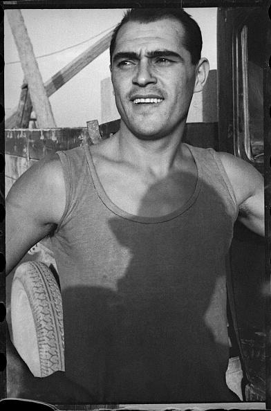 Max Penson「A Worker」:写真・画像(15)[壁紙.com]