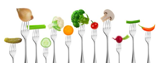 Bush Bean「Large group of different vegetables on forks」:スマホ壁紙(3)