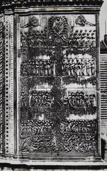 Architectural Feature「Orvieto Cathedral. Representation Of The Last Judgement On The Fourth Pilaster (The Blessed Allowed To Eat Of The Vine - The Damned Will Be Rejected). 1935. Photograph.」:写真・画像(7)[壁紙.com]