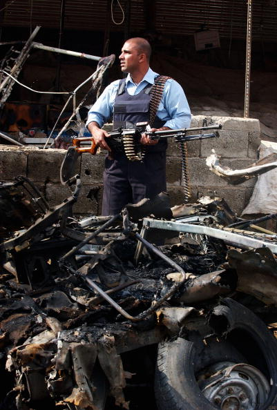 Front View「Car Bomb kills At least twelve in Baghdad」:写真・画像(4)[壁紙.com]