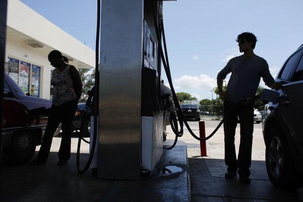 Hurricane Ike「Average Gas Prices Rise 17 Cents In Wake Of Hurricane Ike」:写真・画像(13)[壁紙.com]