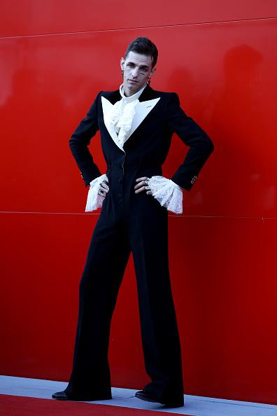 "Cross Shape「""Happy Birthday"" Red Carpet Arrivals - The 76th Venice Film Festival」:写真・画像(4)[壁紙.com]"